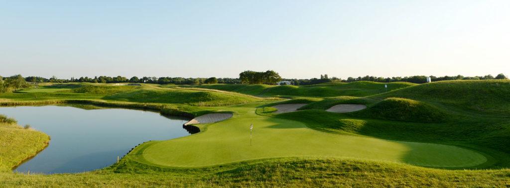 golf national le golf de la f d ration fran aise de golf et le terrain d 39 accueil de l 39 open de. Black Bedroom Furniture Sets. Home Design Ideas